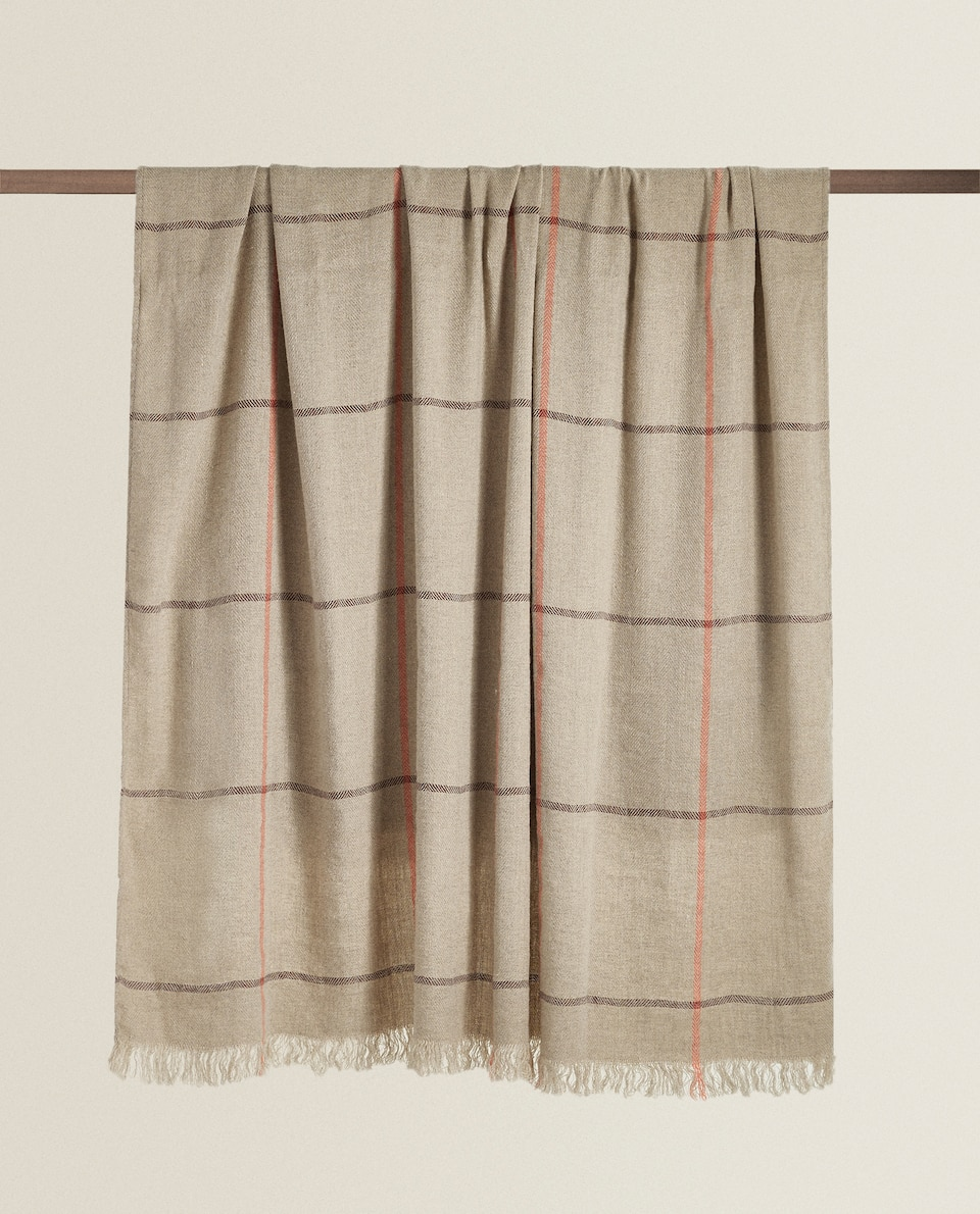 CHECK LINEN AND WOOL BLANKET