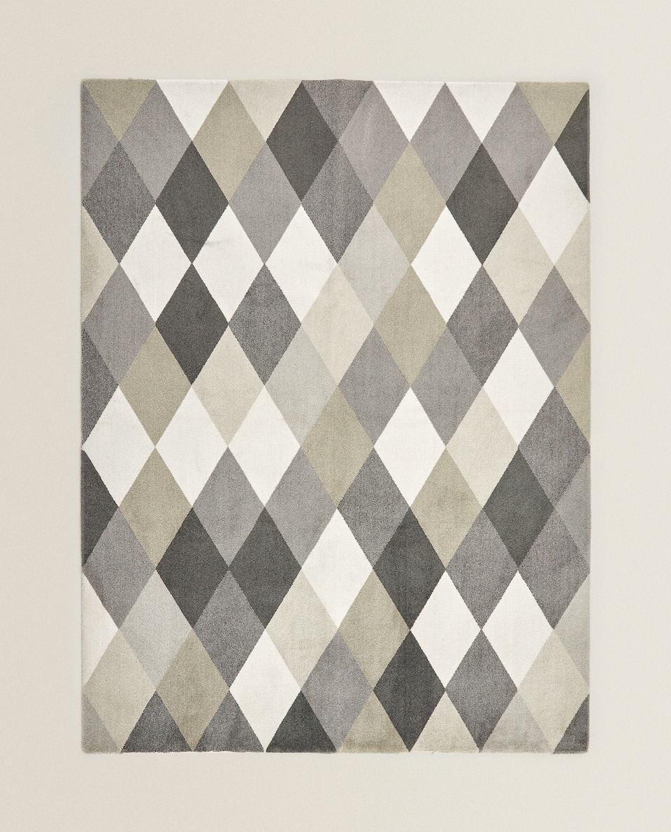 CONTRAST SQUARE RUG
