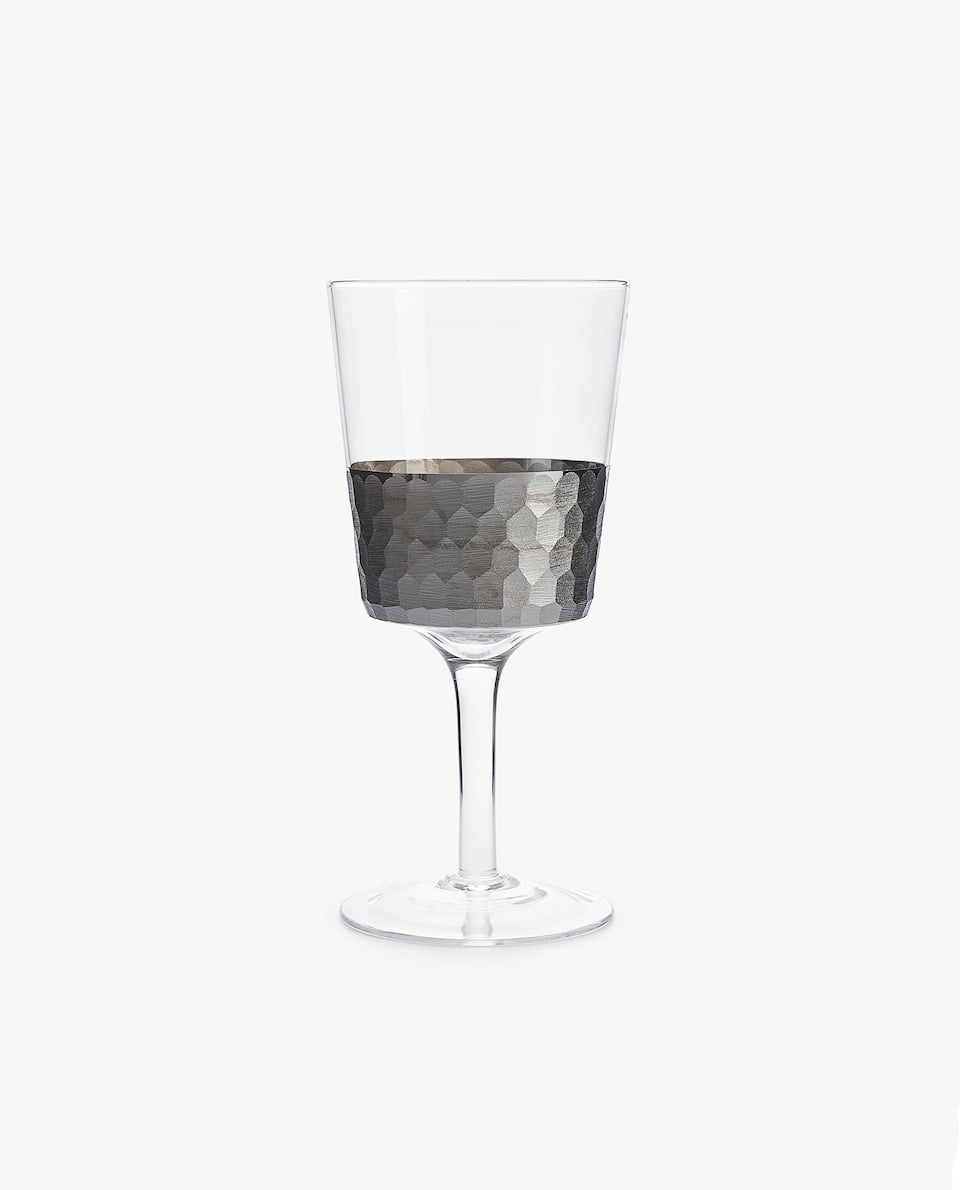 WINE GLASS WITH SILVER BORDER