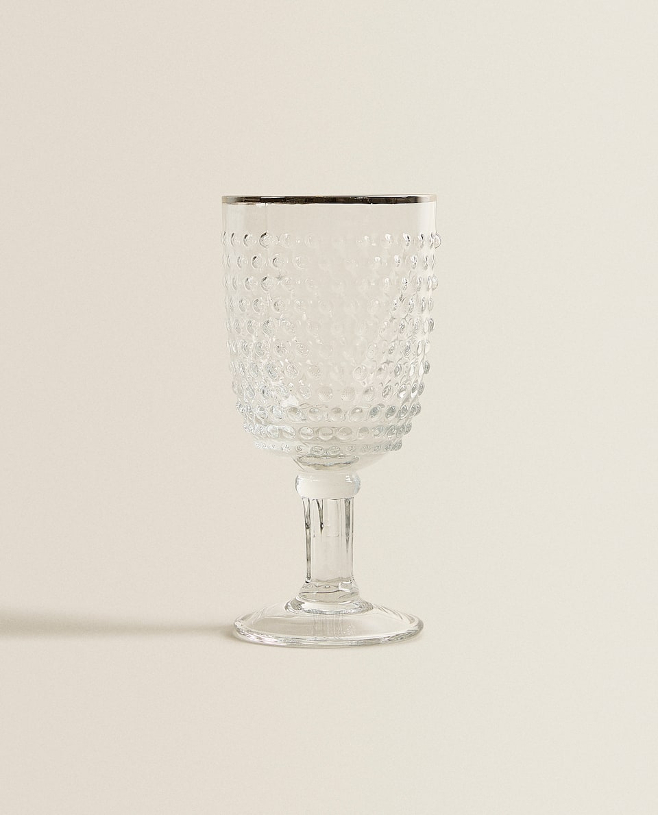 RAISED SPHERE DESIGN WINE GLASS WITH CONTRASTING RIM