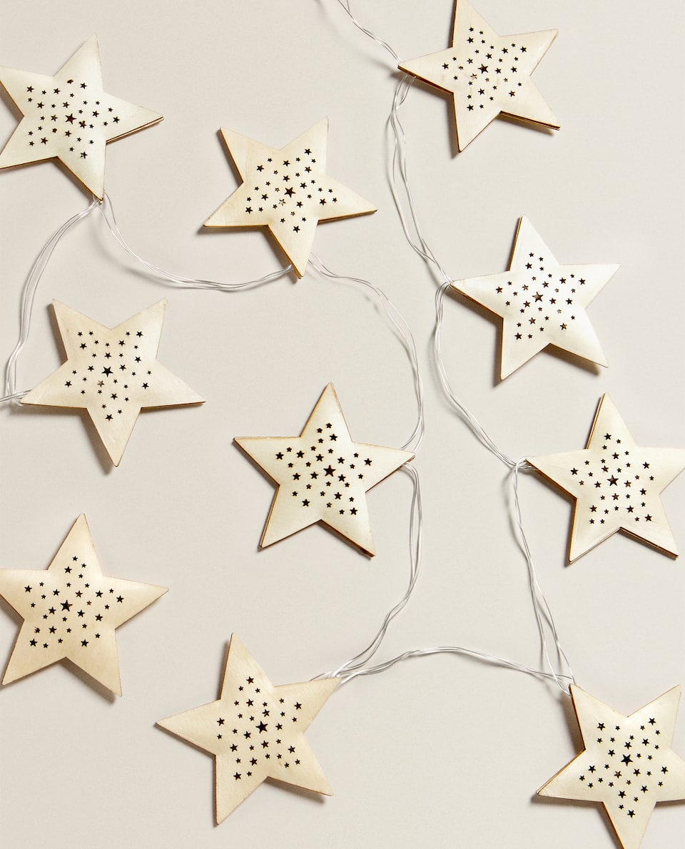 LIGHT-UP STAR GARLAND