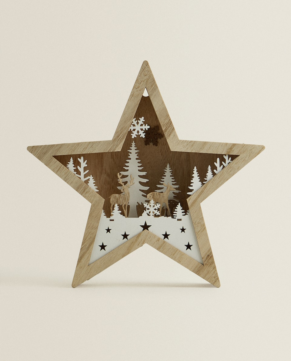 LIGHT-UP WOODEN STAR