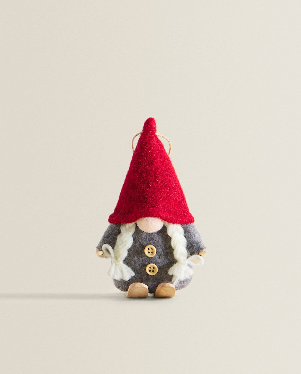 CHRISTMAS GNOME FIGURE