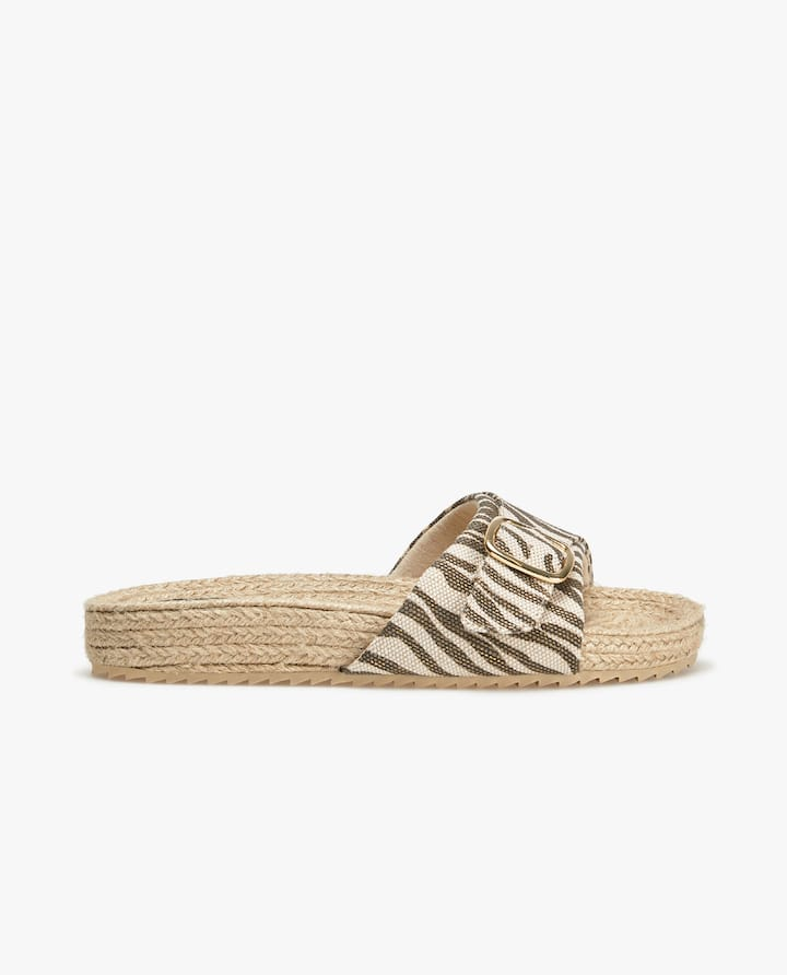 a884bcdbe BUCKLED RAFFIA SANDALS