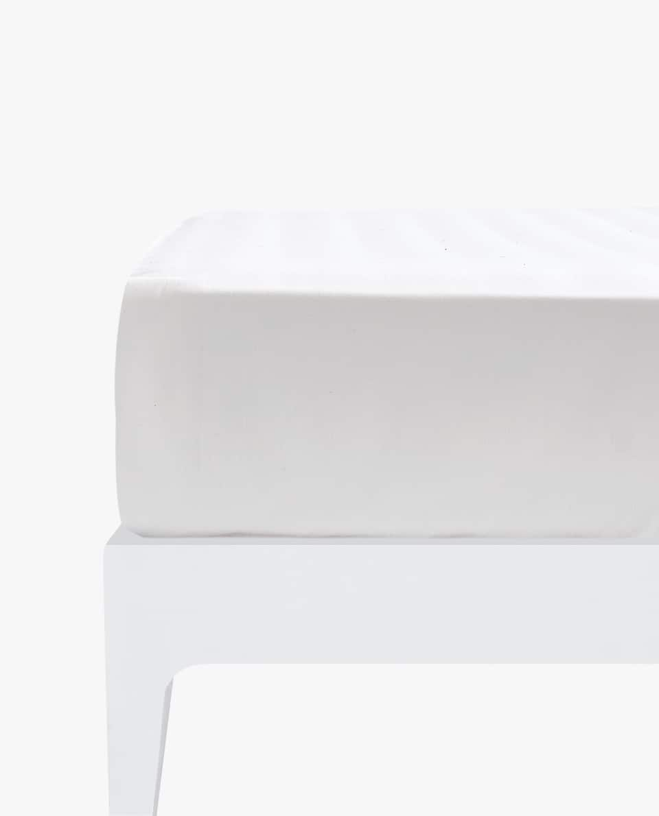 COTTON FITTED SHEET (MATTRESSES OF UP TO 11.0