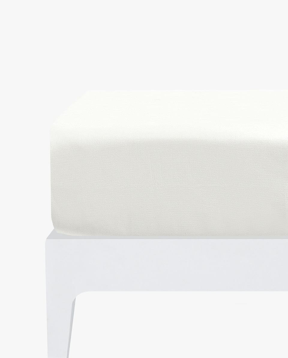 COTTON PERCALE FITTED SHEET (UP TO 15.7