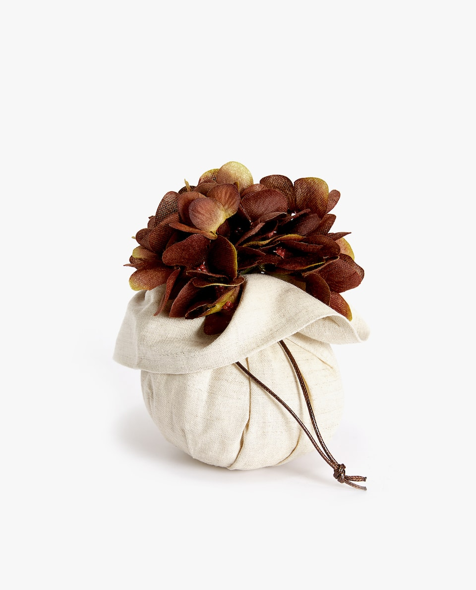 SCENTED FLORAL SACHET