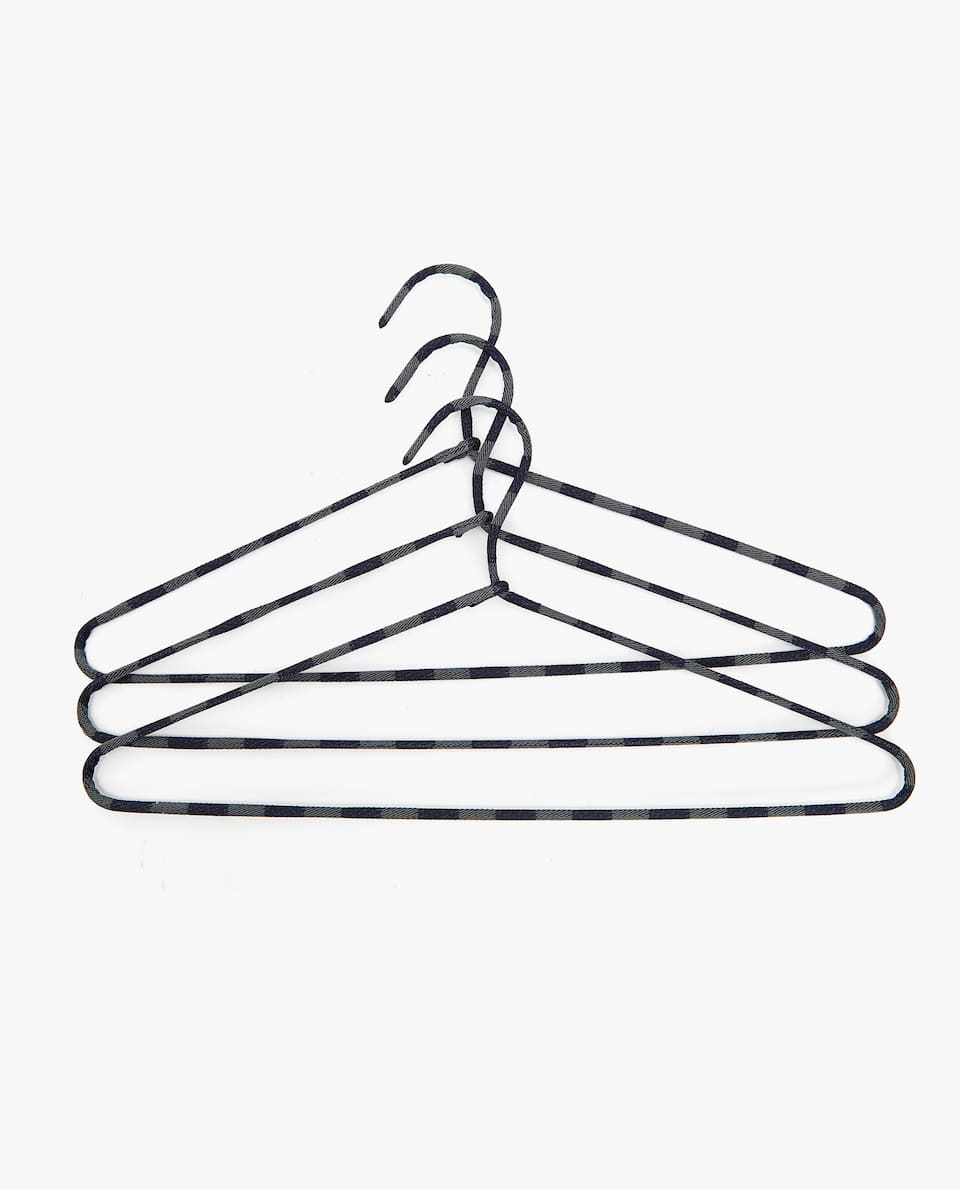STRIPED HANGER (SET OF 3)