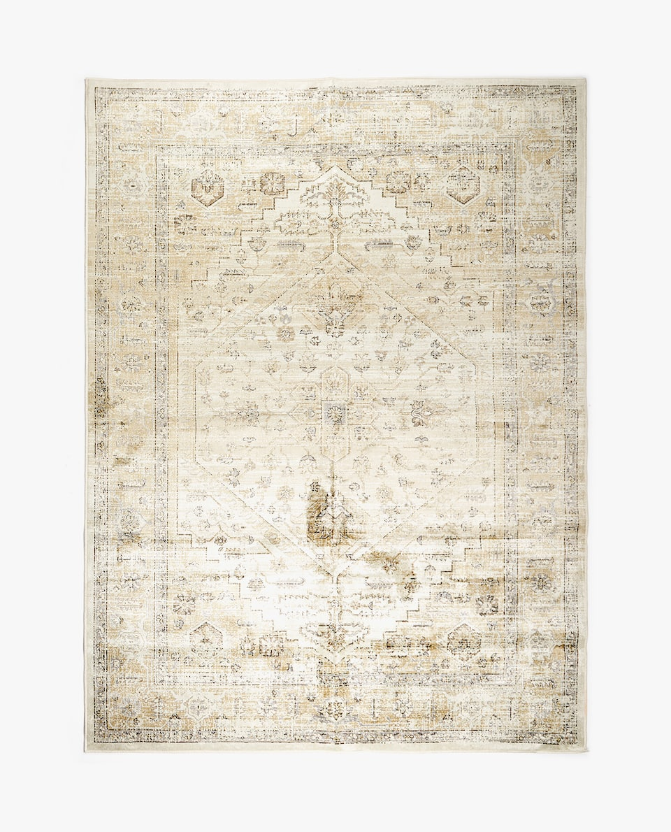 DISTRESSED-EFFECT RUG