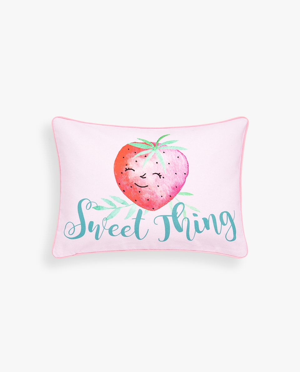 GINGHAM STRAWBERRY PRINT CUSHION COVER