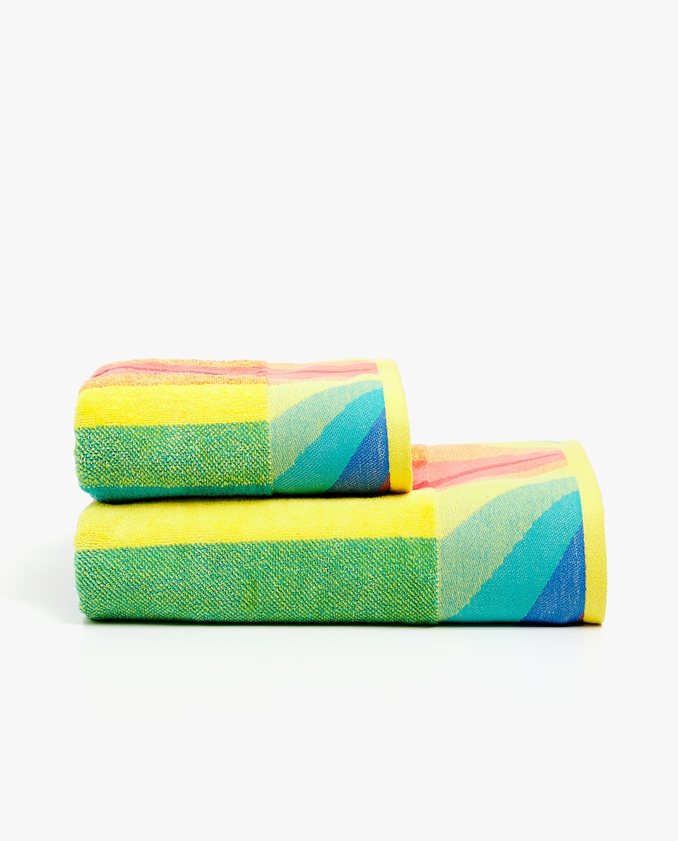 JACQUARD RAINBOW TOWEL