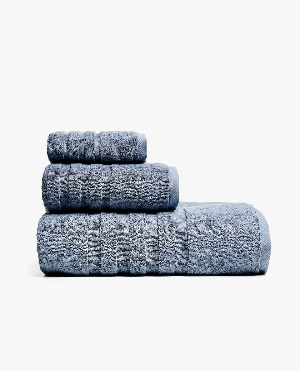 700 G/M² COTTON BATH TOWEL