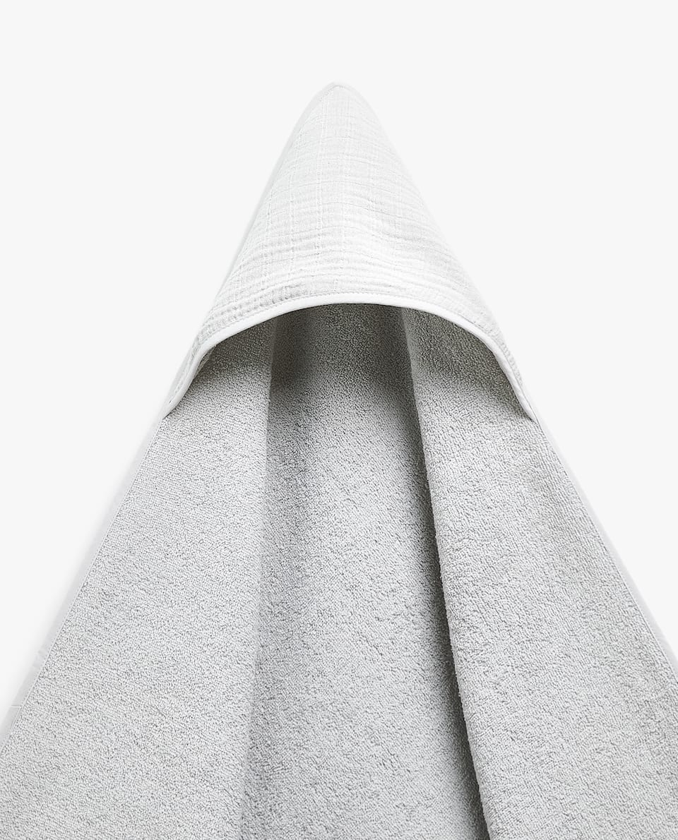 WASHED COTTON HOODED TOWEL