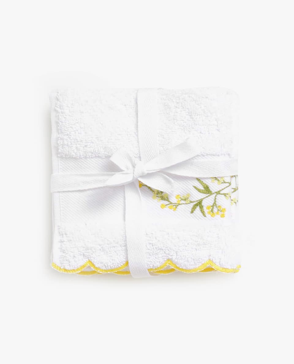 TOWEL WITH EMBROIDERED LEAVES (SET OF 3)