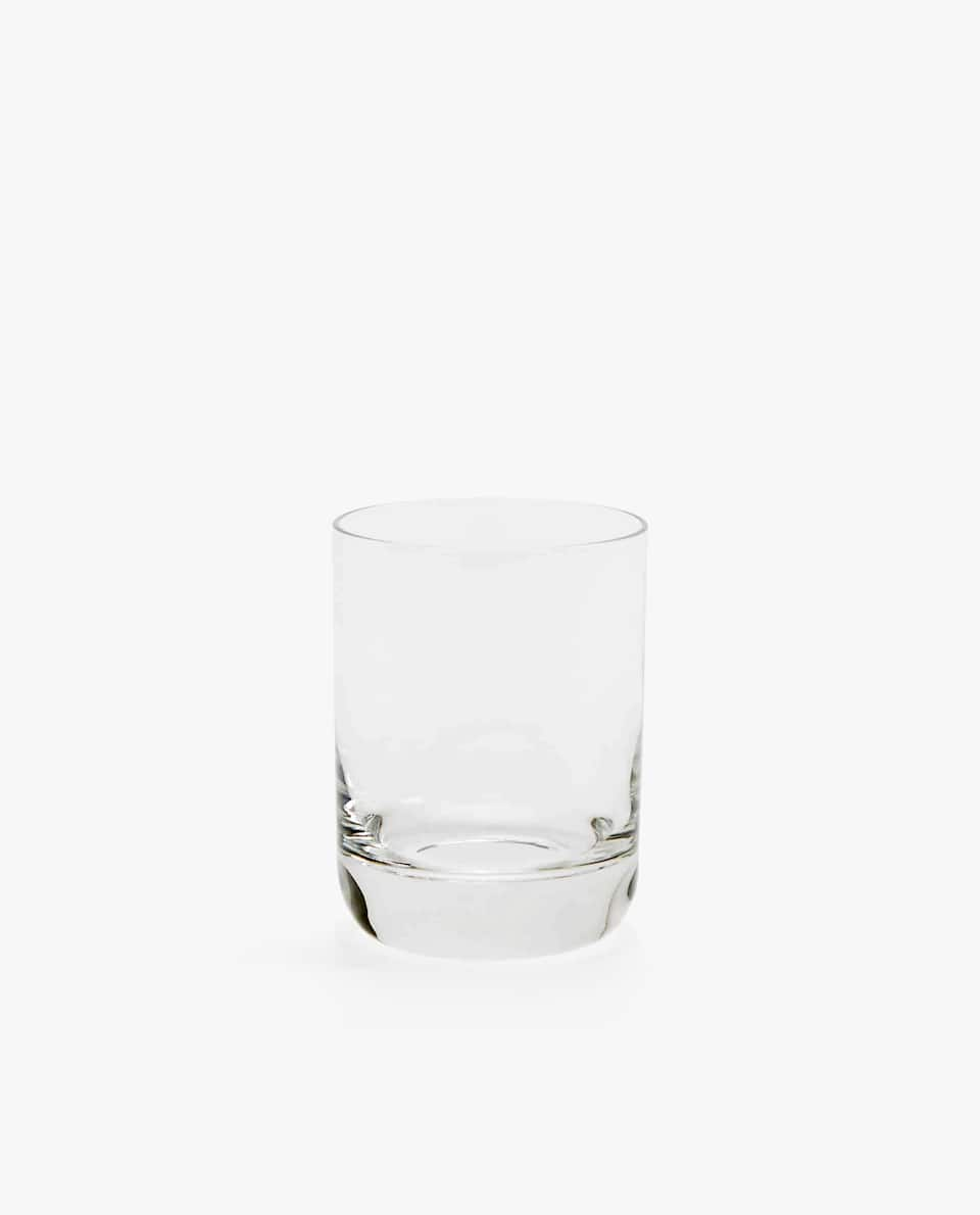 GLASS TUMBLER WITH THICK BASE