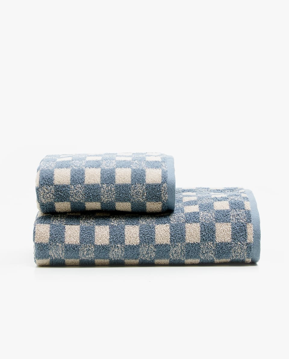 JACQUARD CHECK TOWEL
