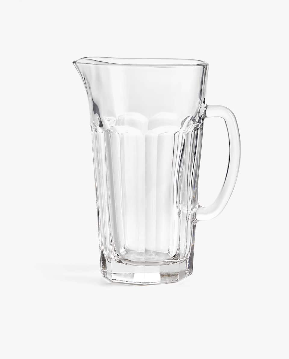 TRANSPARENT GLASS JUG