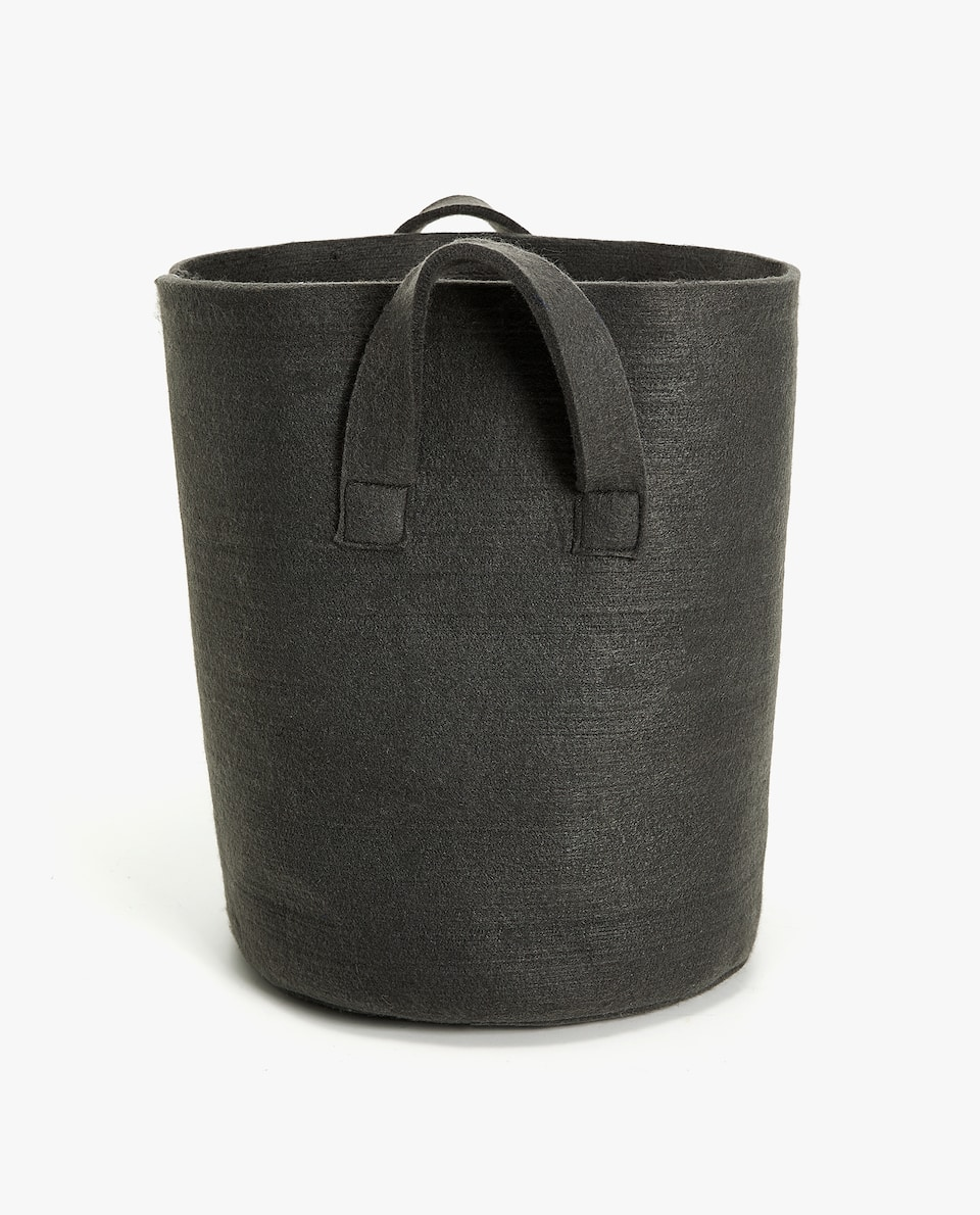 FELT LAUNDRY BASKET