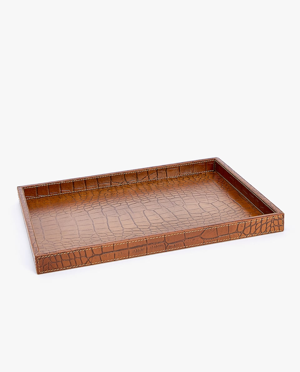 TRAY WITH LEATHER FINISH