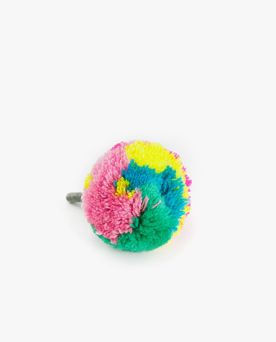 POMPOM DOOR KNOB (PACK OF 2)