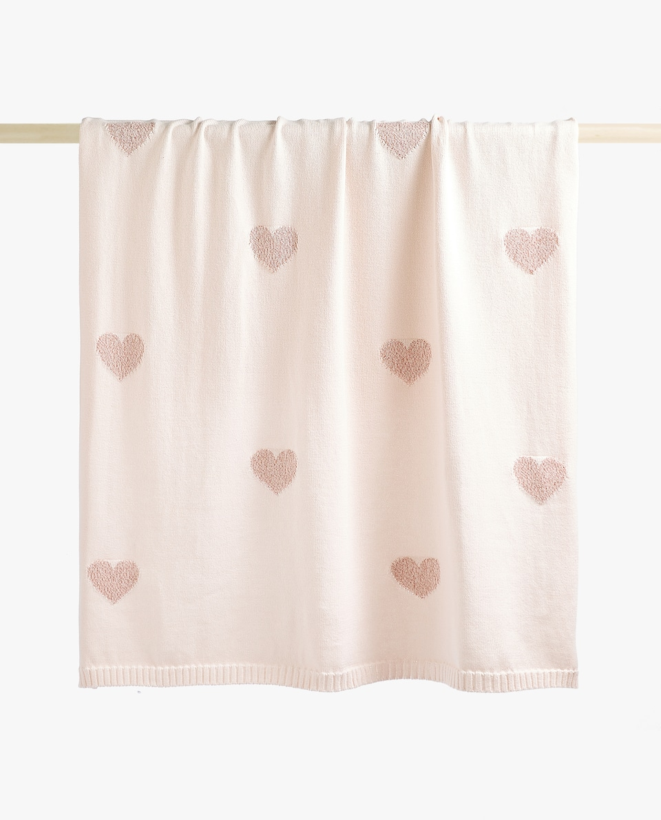METALLIC THREAD HEARTS BLANKET