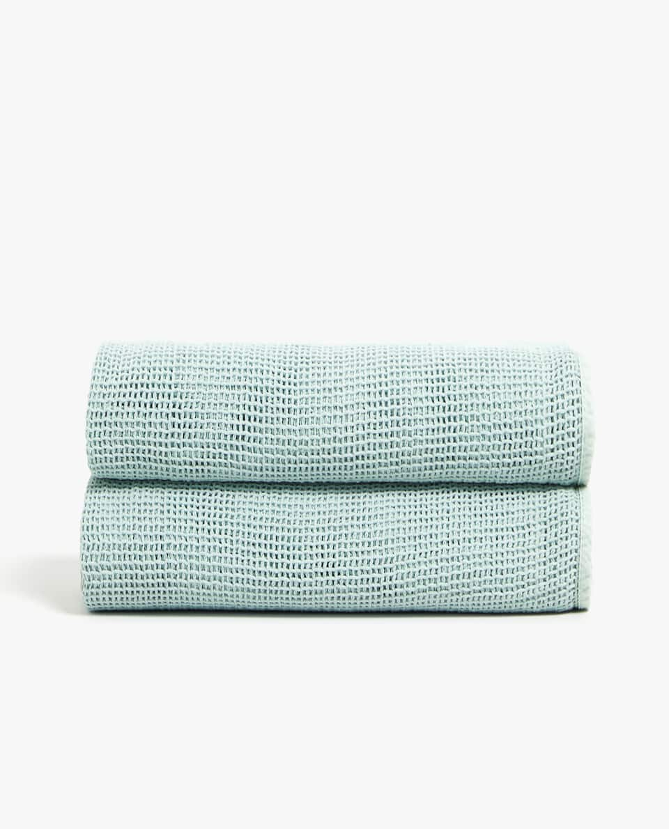 NET-EFFECT COTTON BLANKET