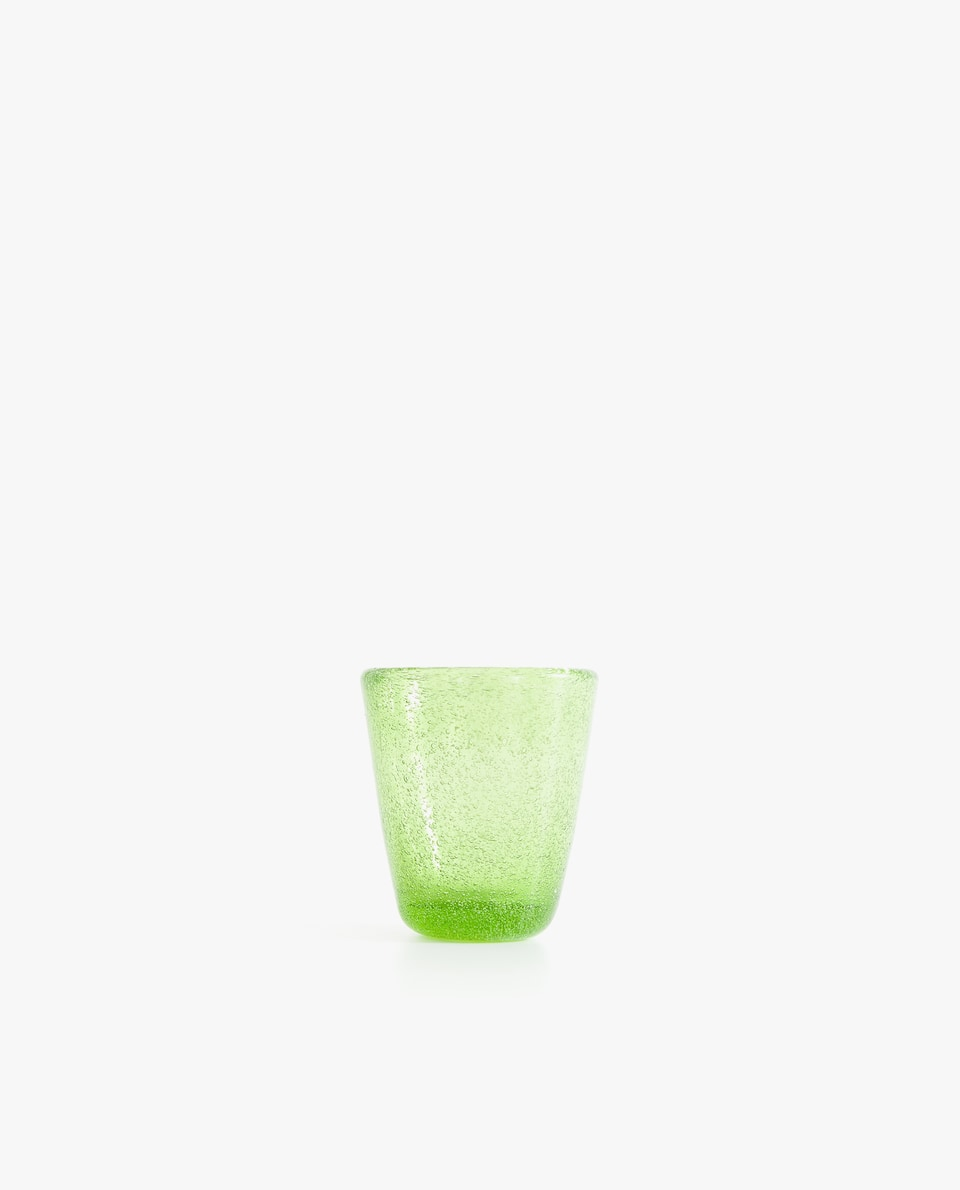 BUBBLE-EFFECT SHOT GLASS