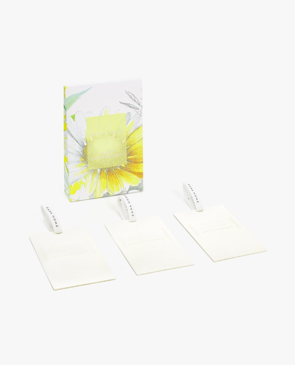 TUBEROSE BOUQUET SCENTED CARDS