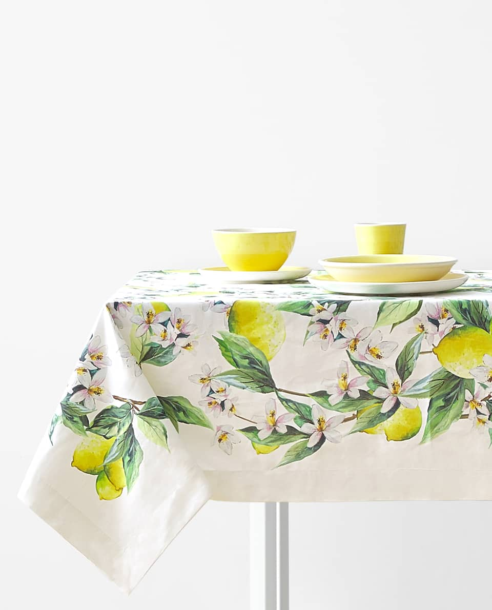 LEMON PRINT TABLECLOTH
