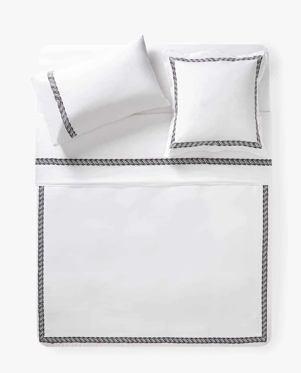 DUVET COVER WITH EMBROIDERED BAND