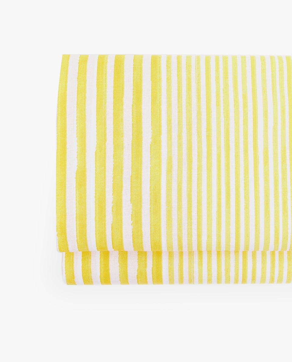 YELLOW STRIPE PRINT FLAT SHEET