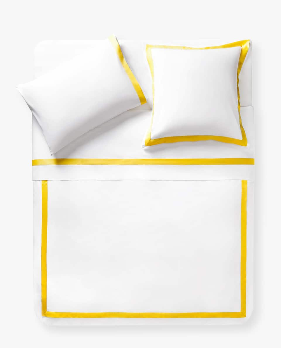 DUVET COVER WITH CONTRASTING SATEEN BORDER