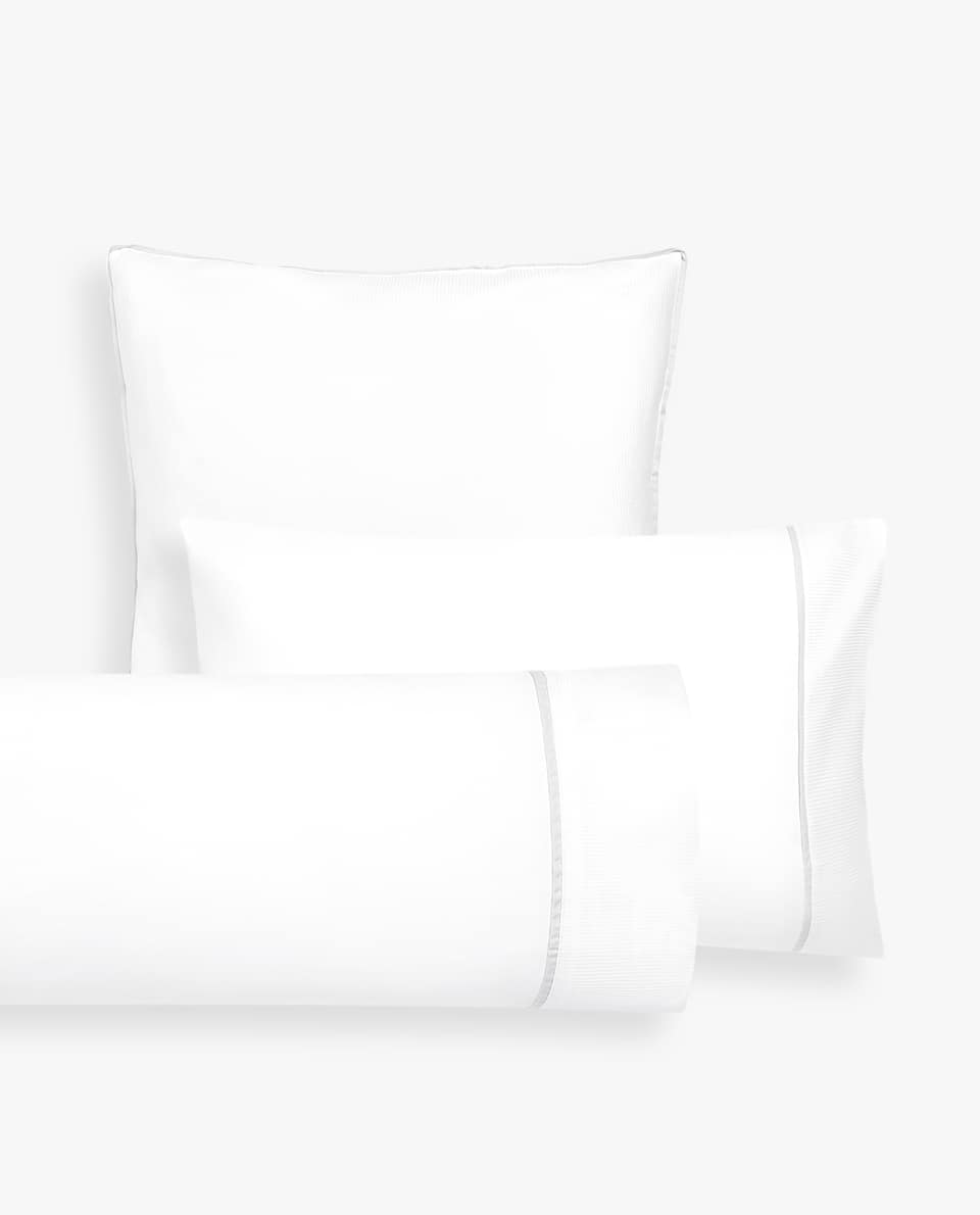PILLOWCASE WITH CONTRAST BAND