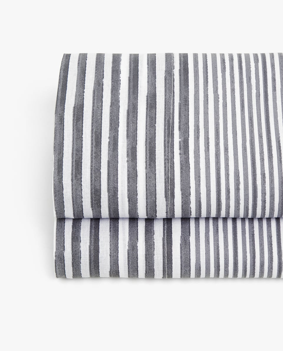 GREY STRIPE PRINT FLAT SHEET