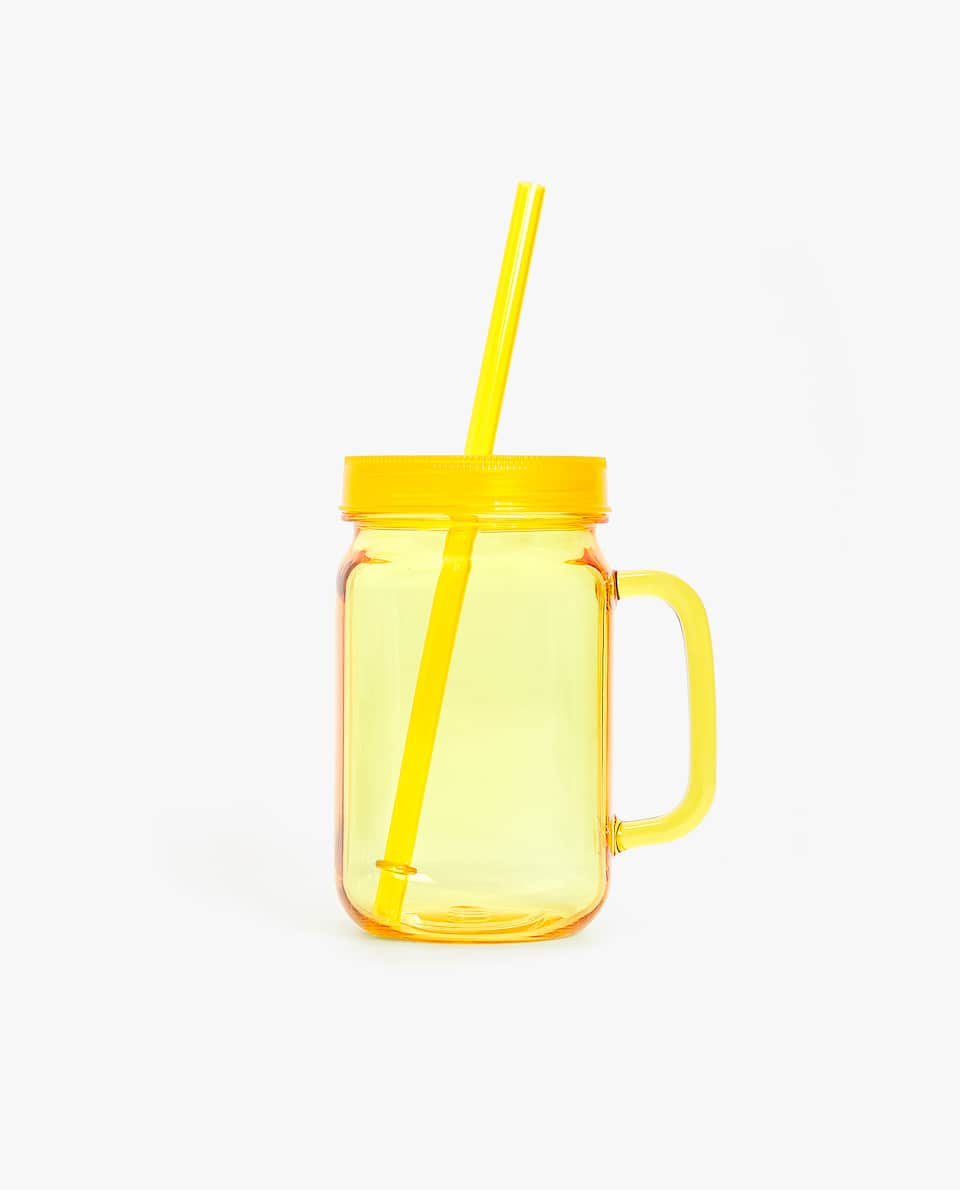 GLASS WITH STRAW