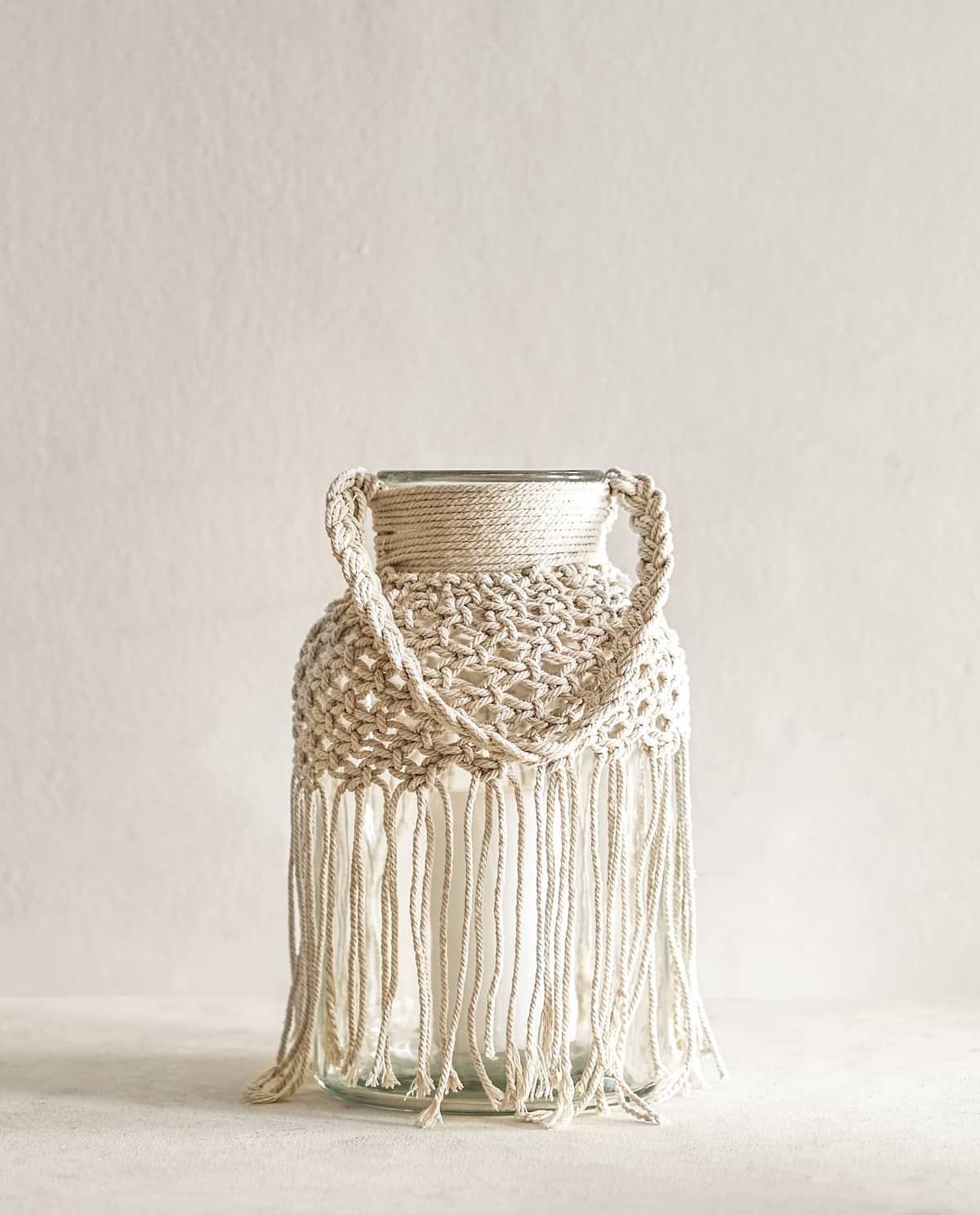 MACRAMÉ GLASS LANTERN