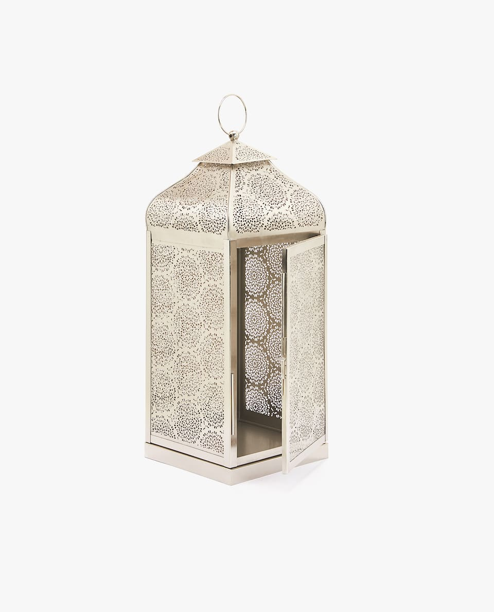 WROUGHT METAL LANTERN