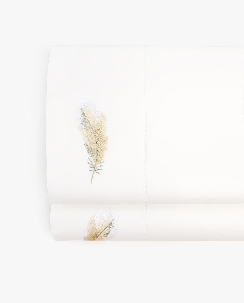 FEATHERY EMBROIDERY FLAT SHEET