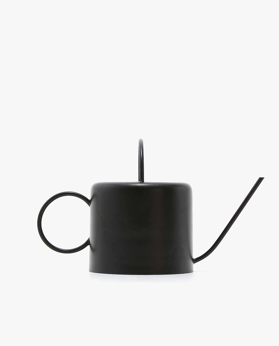 DECORATIVE WATERING CAN FIGURE