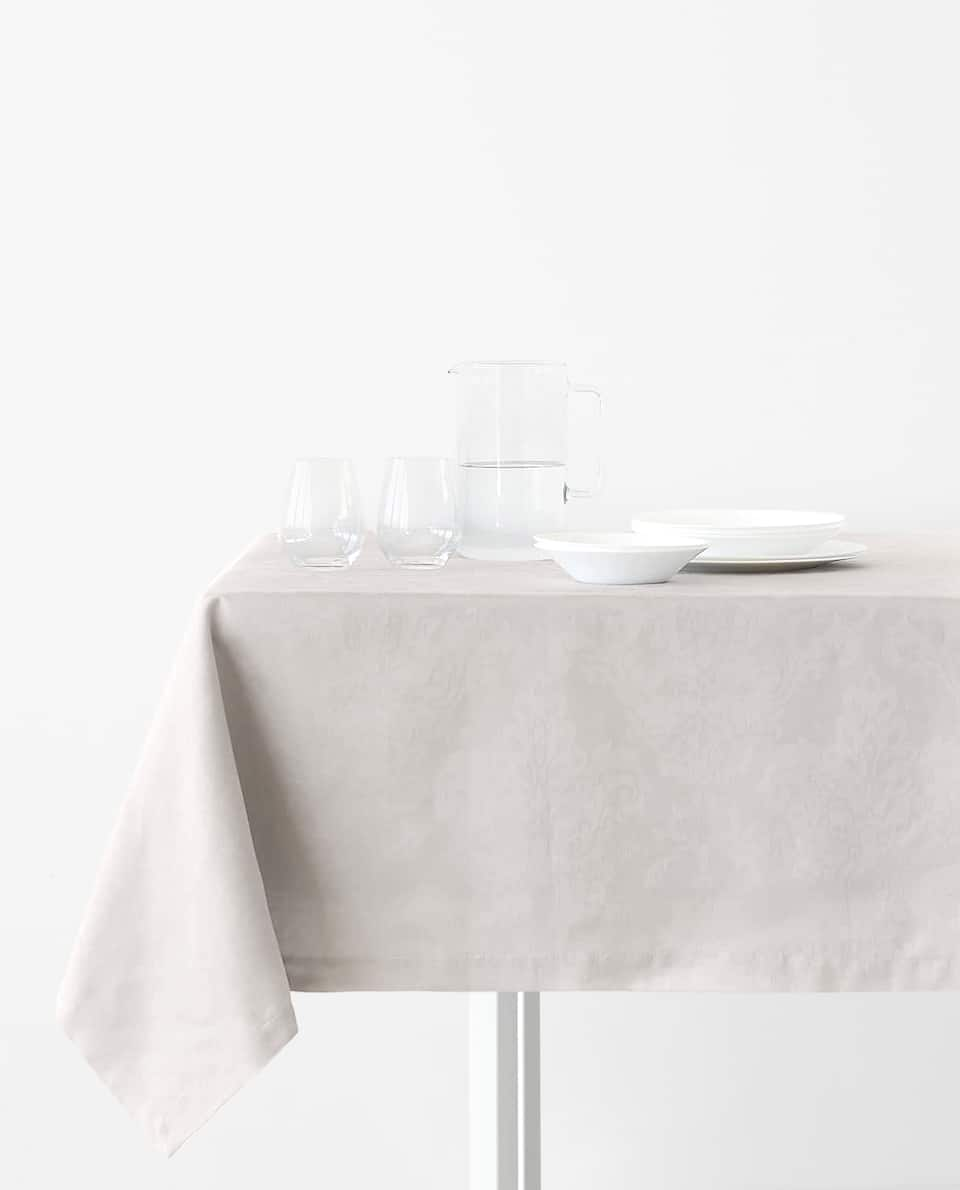 Basic Floral Tablecloth
