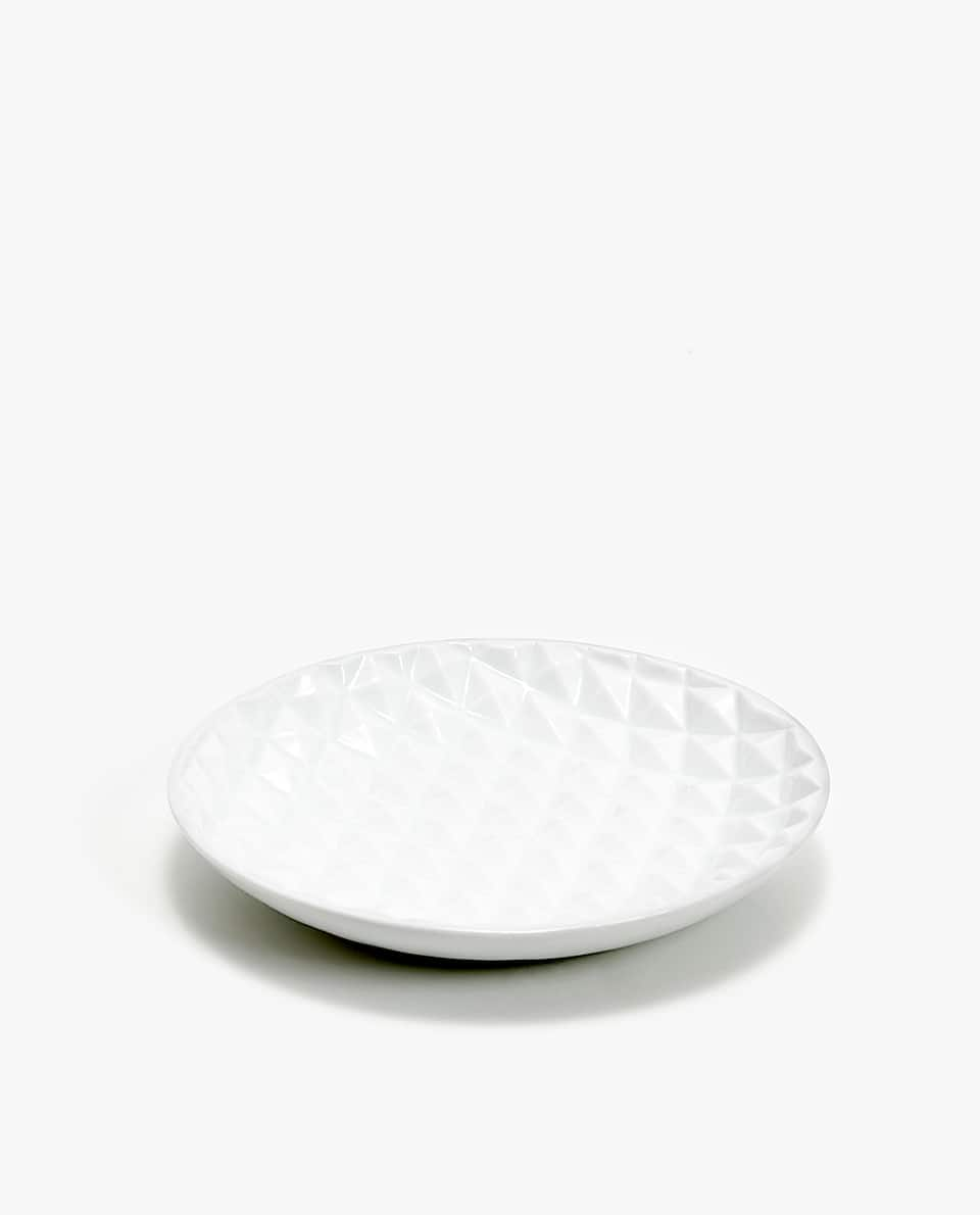 RAISED GEOMETRIC DESIGN SOAP DISH