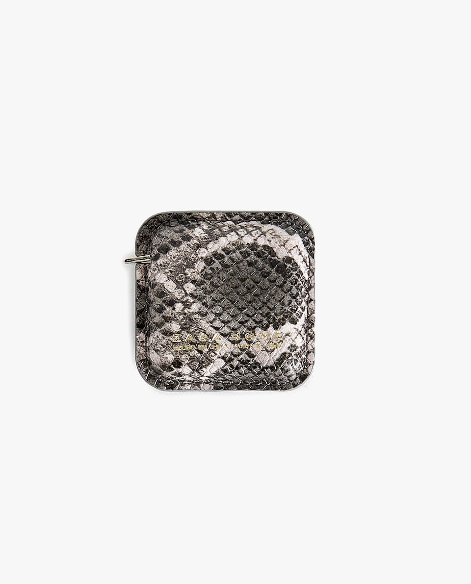 SNAKESKIN PRINT MEASURING TAPE CASE