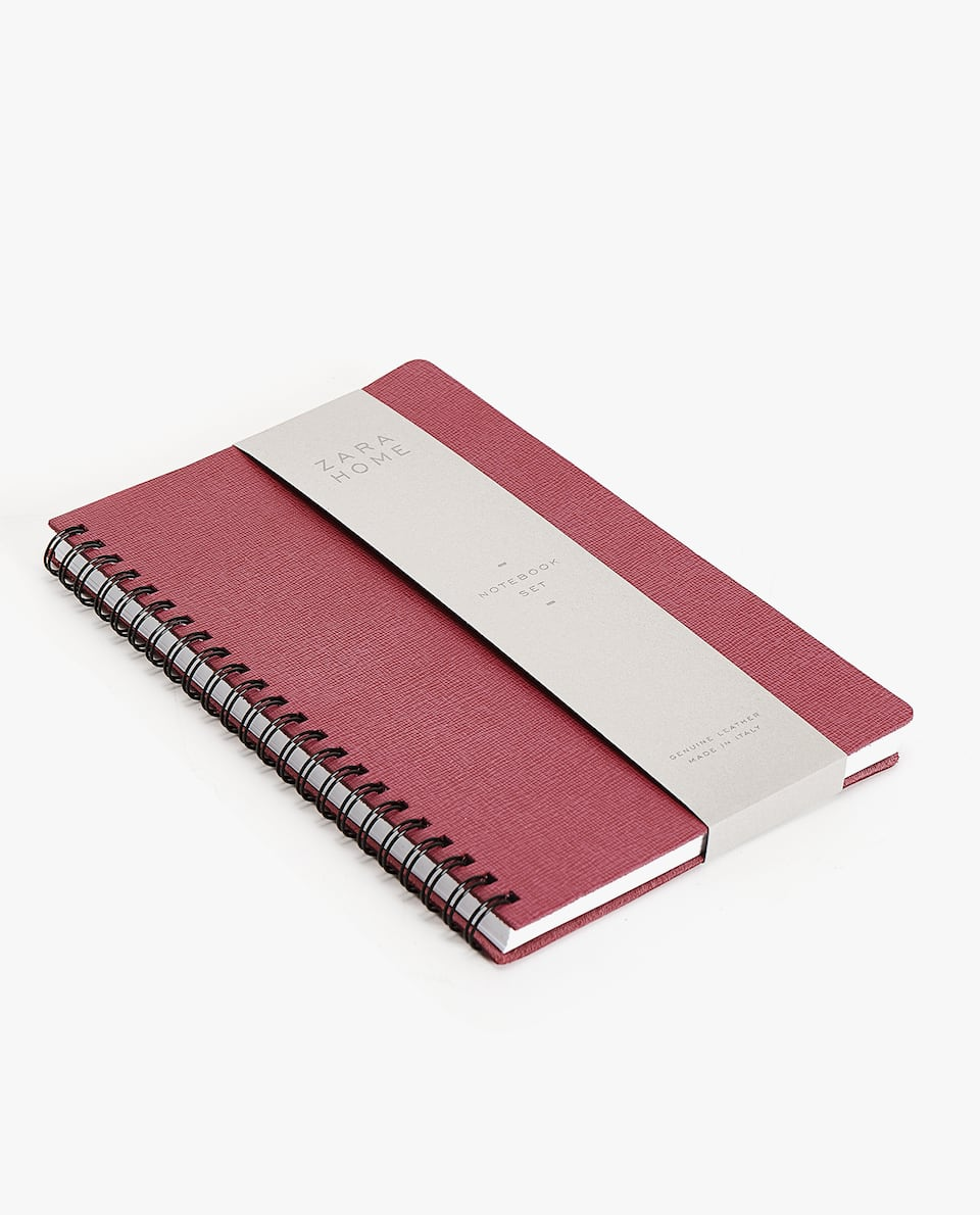 LARGE SMOOTH SPIRAL-BOUND NOTEBOOK
