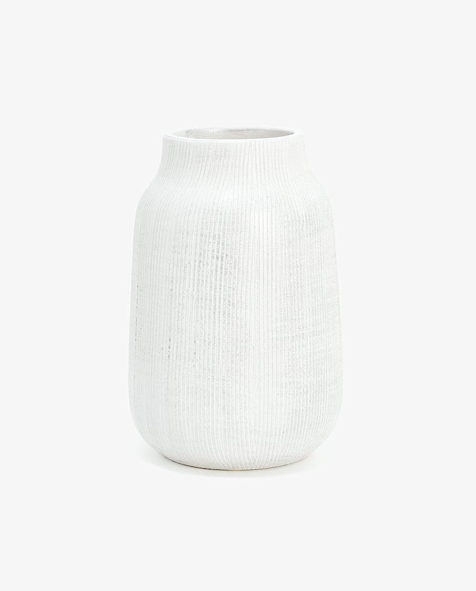 SCORED CERAMIC DECORATIVE BOTTLE