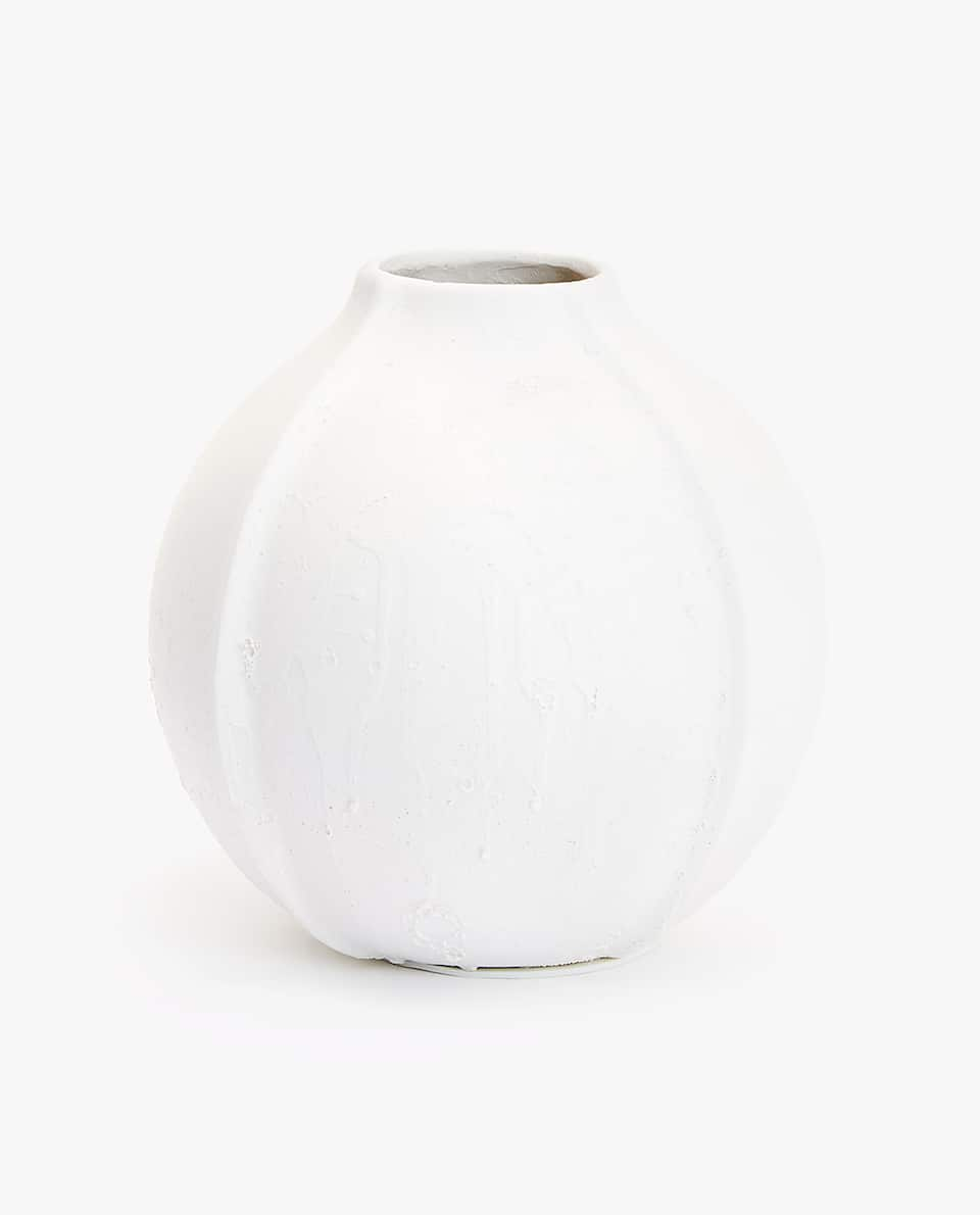 TEXTURED CERAMIC DECORATIVE BOTTLE