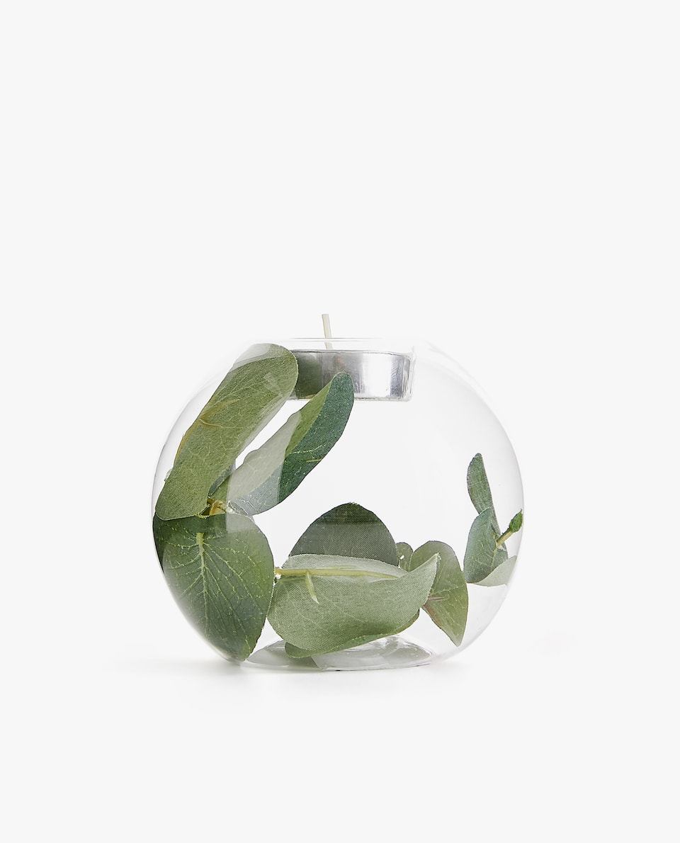 POSITIONED LEAF TEALIGHT HOLDER