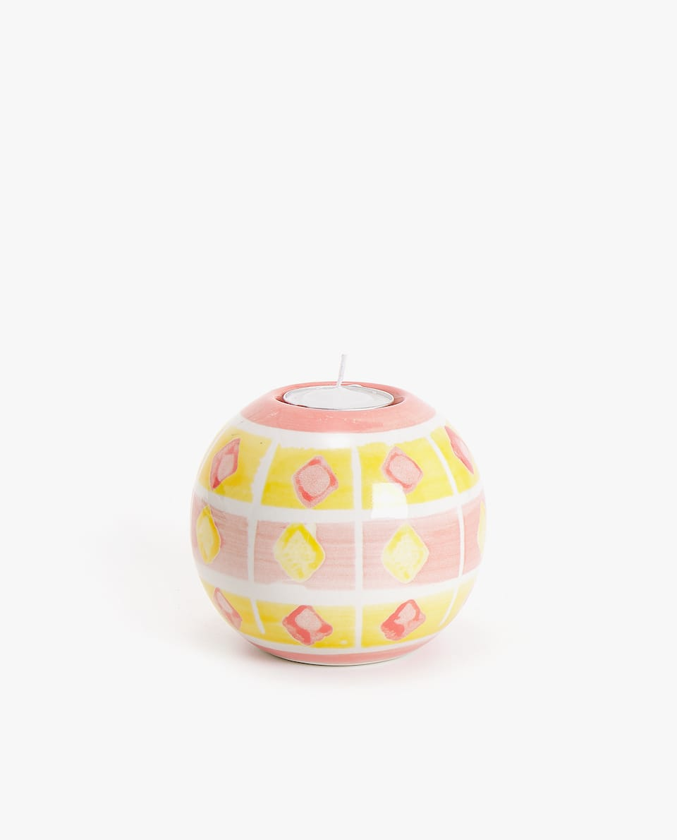 GEOMETRIC DESIGN TEALIGHT HOLDER