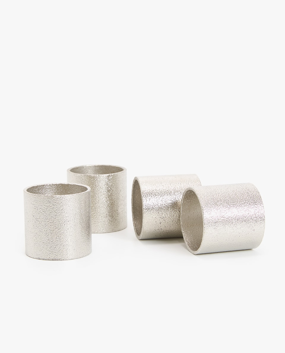 TEXTURED METAL NAPKIN RING (PACK OF 4)