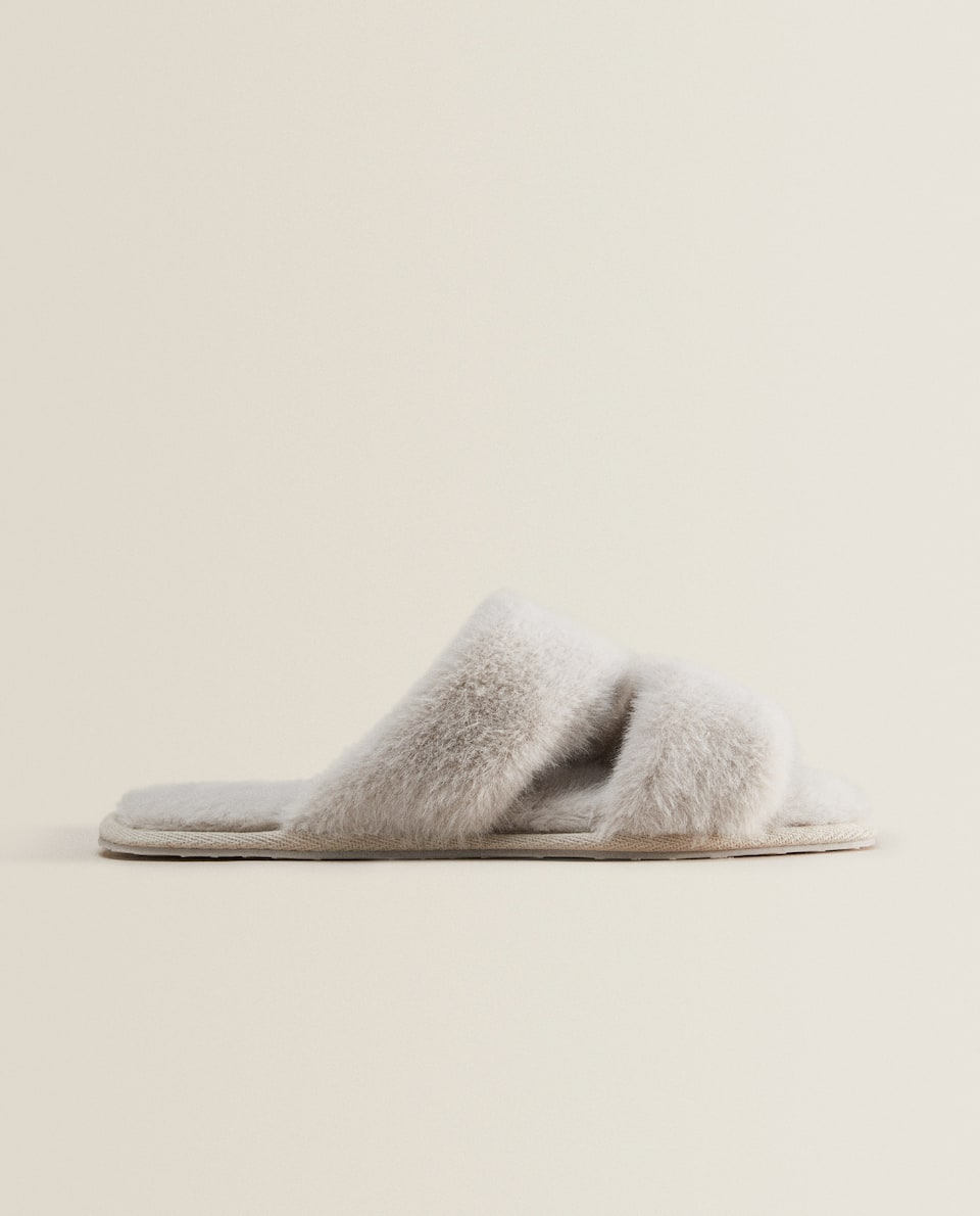 FAUX FUR TWO-STRAP SLIPPERS