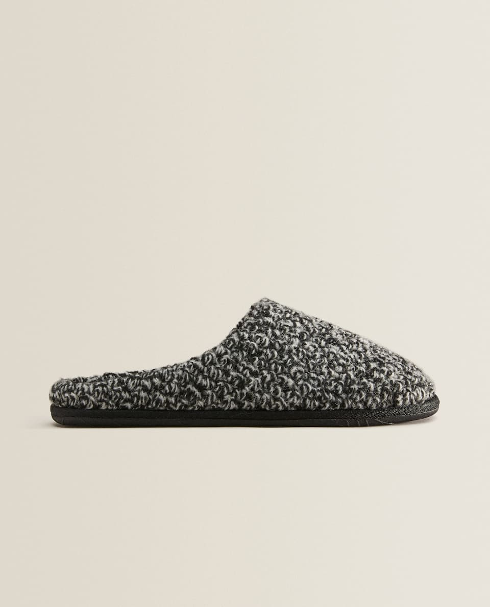 Flecked slippers